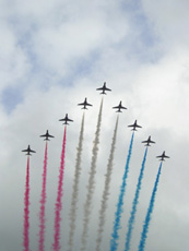 Red arrows60